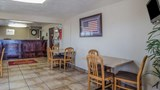 "Econo Lodge Lobby. Images powered by <a href='http://web.iceportal.com'  target=""_blank"">Ice Portal</a>."