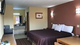 "Americas Best Value Inn Indianola Room. Images powered by <a href='http://web.iceportal.com'  target=""_blank"">Ice Portal</a>."