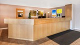 "Days Inn Manistee Lobby. Images powered by <a href='http://web.iceportal.com'  target=""_blank"">Ice Portal</a>."