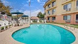 "Days Inn Woodland Pool. Images powered by <a href='http://web.iceportal.com'  target=""_blank"">Ice Portal</a>."