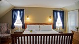 "Concord's Colonial Inn Suite. Images powered by <a href='http://web.iceportal.com'  target=""_blank"">Ice Portal</a>."