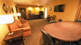 "Evergreen Resort Suite. Images powered by <a href='http://web.iceportal.com'  target=""_blank"">Ice Portal</a>."