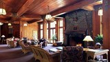 "Lake Quinault Lodge Lobby. Images powered by <a href='http://web.iceportal.com'  target=""_blank"">Ice Portal</a>."