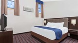 "Days Inn Woodbury Suite. Images powered by <a href='http://web.iceportal.com'  target=""_blank"">Ice Portal</a>."