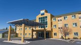 "Days Inn Vernal Exterior. Images powered by <a href='http://web.iceportal.com'  target=""_blank"">Ice Portal</a>."