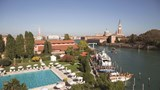 "Belmond Hotel Cipriani Pool. Images powered by <a href=&#39;http://web.iceportal.com&#39;  target=""_blank"">Ice Portal</a>."