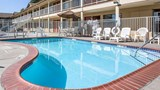 "Quality Inn & Suites Pool. Images powered by <a href='http://web.iceportal.com'  target=""_blank"">Ice Portal</a>."