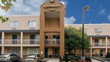 "Quality Inn Newark Exterior. Images powered by <a href='http://web.iceportal.com'  target=""_blank"">Ice Portal</a>."