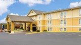 "Comfort Inn Poplar Bluff Exterior. Images powered by <a href='http://web.iceportal.com'  target=""_blank"">Ice Portal</a>."