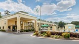 "Quality Inn McComb Exterior. Images powered by <a href='http://web.iceportal.com'  target=""_blank"">Ice Portal</a>."