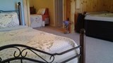 "Lazy Pond Bed & Breakfast Suite. Images powered by <a href='http://www.leonardo.com'  target=""_blank"">Leonardo</a>."