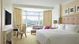 "The Langham, Hong Kong Room. Images powered by <a href='http://www.leonardo.com'  target=""_blank"">Leonardo</a>."