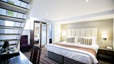 "The Pillar Hotel London Suite. Images powered by <a href='http://www.leonardo.com'  target=""_blank"">Leonardo</a>."