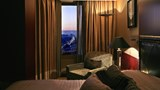 "Crowne Plaza Porto Room. Images powered by <a href='http://www.leonardo.com'  target=""_blank"">Leonardo</a>."