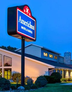 AmericInn by Wyndham Iowa Falls