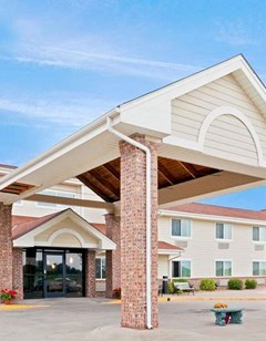 AmericInn by Wyndham, Madison SD