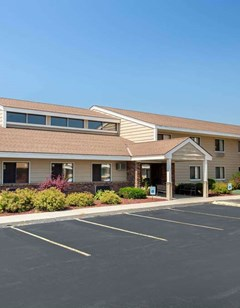 AmericInn by Wyndham West Bend