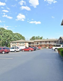 Americas Best Value Inn Lake St. Louis