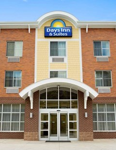 Days Inn and Suites Caldwell