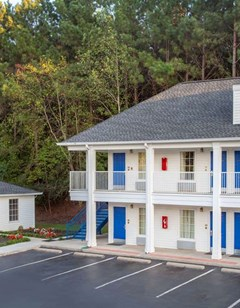 Baymont Inn & Suites, Greenwood
