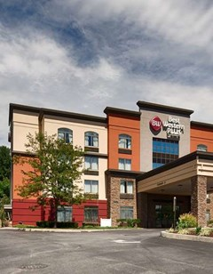 Best Western Plus Harrisburg East Inn