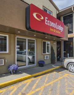 Econo Lodge Inn & Suites-High Level