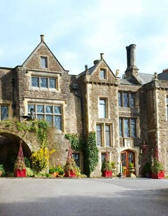Miskin Manor Country House