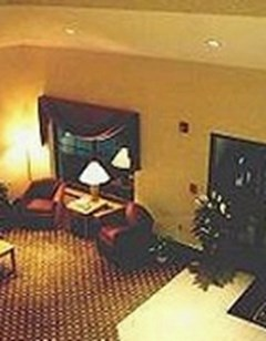 Syracuse Inn & Suites