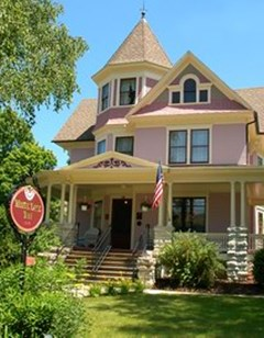 White Lace Inn/Victorian Country Inn