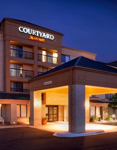 Courtyard by Marriott Detroit Novi