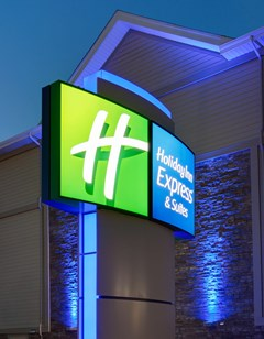 Holiday Inn Express & Suites Fredericton