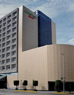 Courtyard by Marriott Revolucion