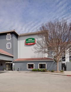 Courtyard by Marriott Ft Worth/Lands End