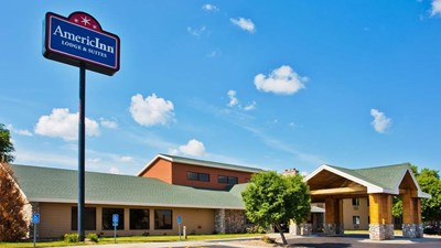 AmericInn Lodge & Suites Lincoln