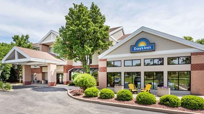 Days Inn and Suites Madison
