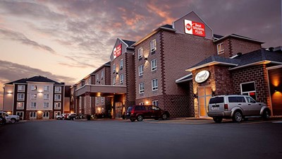Best Western Plus Dartmouth Hotel & Stes