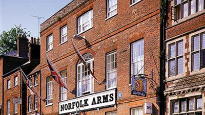 Norfolk Arms Hotel