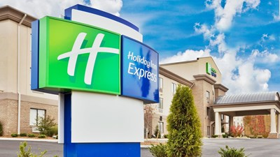 Holiday Inn Express Troutville - Roanoke
