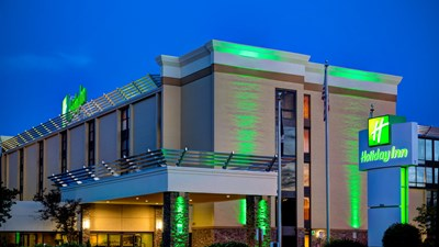 Holiday Inn Roanoke-Tangelwood