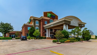 Holiday Inn Express Fort Worth I-35