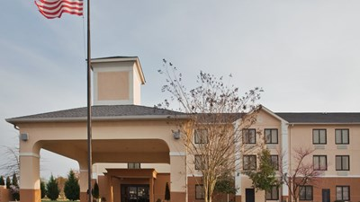 Holiday Inn Express Clayton - SE Raleigh