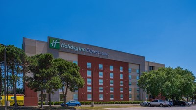 Holiday Inn Express & Suites East-I10