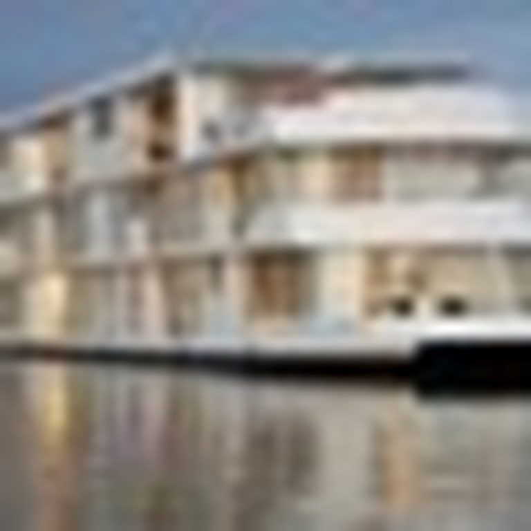 Zambezi Queen Cruises & Ships