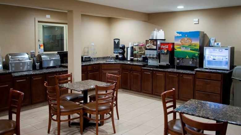 "Days Inn & Suites Restaurant. Images powered by <a href='http://web.iceportal.com'  target=""_blank"">Ice Portal</a>."
