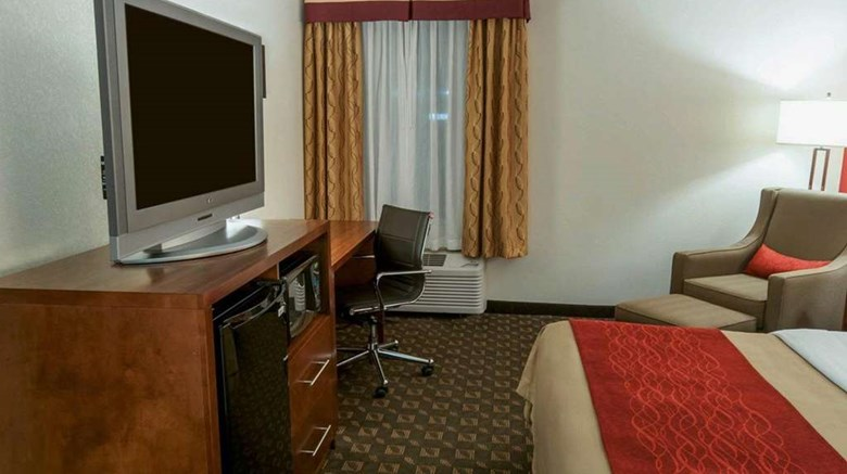 "Quality Inn Easton Room. Images powered by <a href='http://web.iceportal.com'  target=""_blank"">Ice Portal</a>."