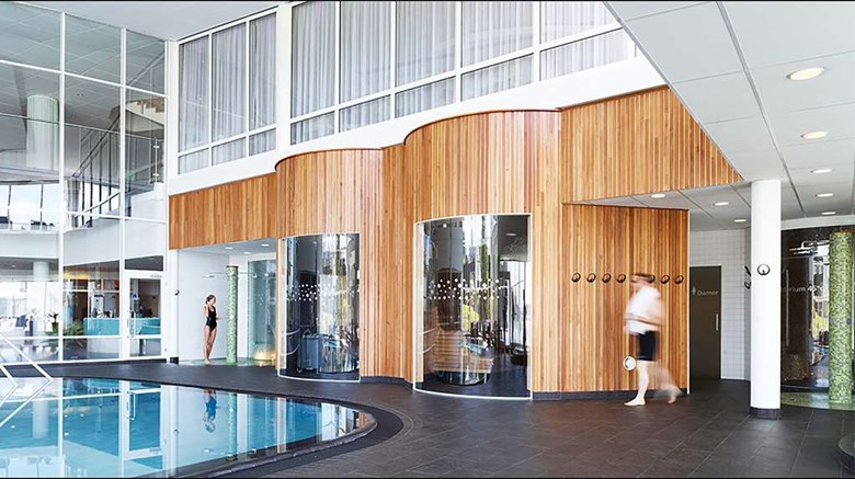 "Selma Spa, Ascend Collection Hotel Pool. Images powered by <a href='http://web.iceportal.com'  target=""_blank"">Ice Portal</a>."