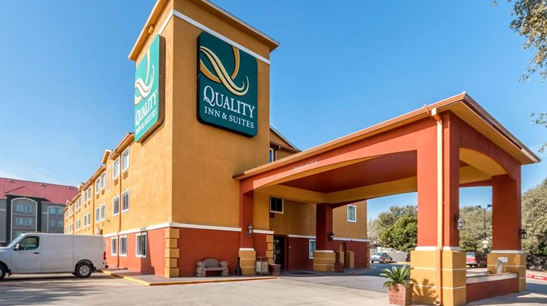 "Quality Inn & Suites Exterior. Images powered by <a href=&#39;http://web.iceportal.com&#39;  target=""_blank"">Ice Portal</a>."