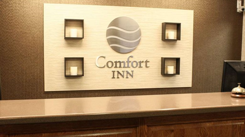 "Comfort Inn Lobby. Images powered by <a href='http://web.iceportal.com'  target=""_blank"">Ice Portal</a>."