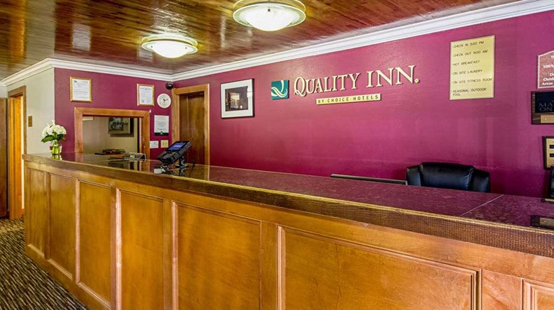 "Quality Inn Lobby. Images powered by <a href='http://web.iceportal.com'  target=""_blank"">Ice Portal</a>."