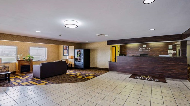 "Quality Inn Belmont Lobby. Images powered by <a href='http://web.iceportal.com'  target=""_blank"">Ice Portal</a>."